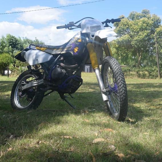 Susuki Dr350