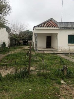 Casa 2 Dormitórios Con Terreno