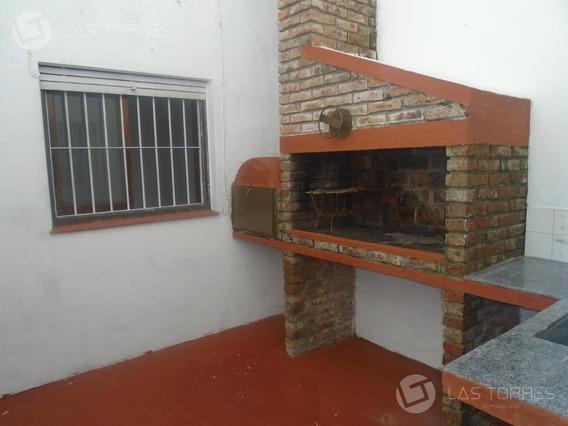 Linda, Al Frente, Patio C/parrillero Exclusivo!!
