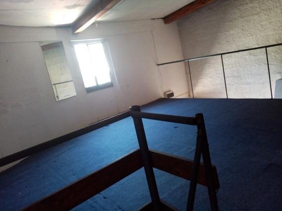 Se Alquila Apartamento Tipo Duplex En Zona De Jacinto Vera