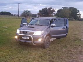 Toyota Hilux 3.0 Tdi Srv Cab Doble 4x4 (2009) 2008