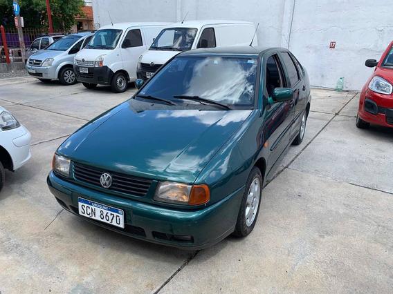 Volkswagen Polo 1,6 Full