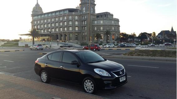 Nissan Versa / 2013 / Inmaculado