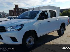Toyota Hilux Dx Nafta 4x2 2017 Blanco Excelente Estado