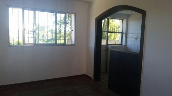 Apartamento En Complejo Bertolotti