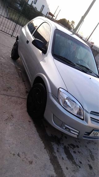 Chevrolet Celta 1.4 Std