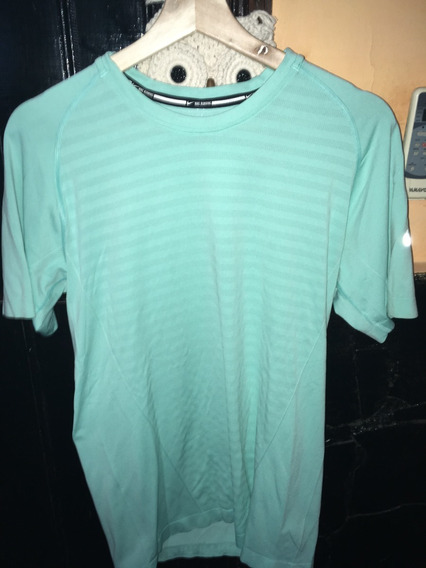 Remera Nike Dry Fit Talle S