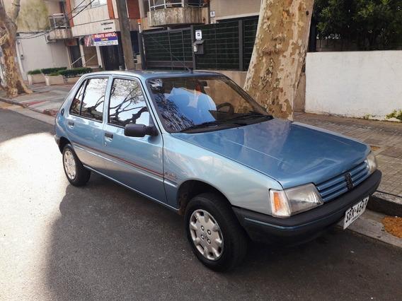 Peugeot 205 Junior - Francés. 5 Puertas.