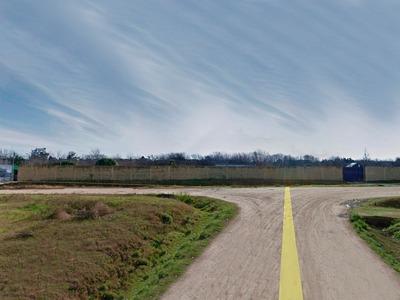 Terreno Con Construcciones En Venta En Canelones Ref.:6582