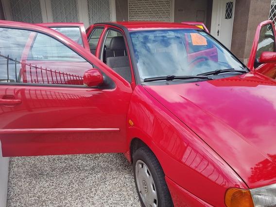 Volkswagen Polo Clasic 1.6 Nafta