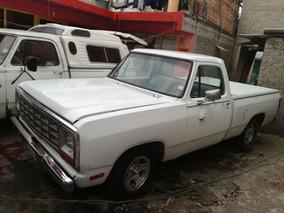 Camioneta Dodge D-150 1985