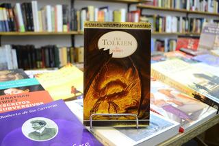 El Hobbit. J. R. R. Tolkien.