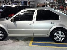 Volkswagen Bora, Año 2009, Excelente Estado