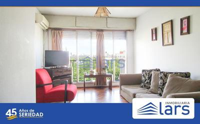 Apartamento En Alquiler / Cordón - Inmobiliaria Lar