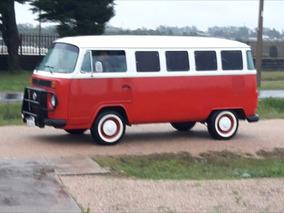 Volkswagen Kombi Minibus