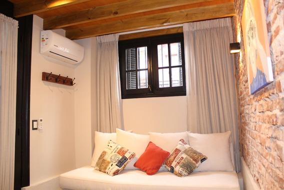 **oportunidad Apartamento C/ Muebles En Corazon De Cordon**