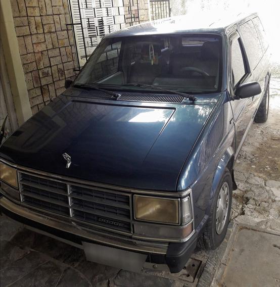 Dodge Caravan 89