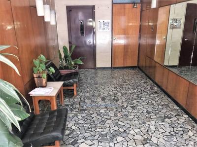Venta Apartamento Dos Dormitorios Un Baño.centro