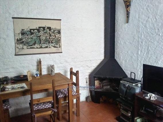 Casa 1 Dormitorio Escritorio Estufa Y Jardin