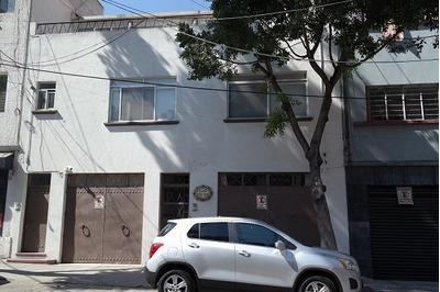 Edificio Con 4 Oficinas Y 4 Departamentos