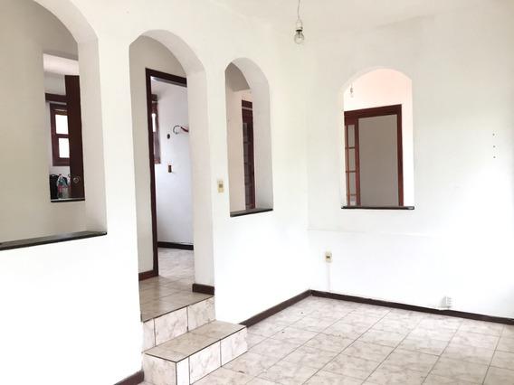 Alquiler Casa 2 Dormitorios A Pasos De La Rambla $ 25.000