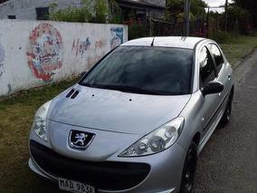 Peugeot 207 1.4 Sedan Xr