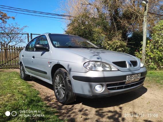 Renault Megane 1.6 Tric Pack