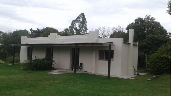 Casa Quinta En Colonia Del Sacramento Sobre Ruta Nacional.