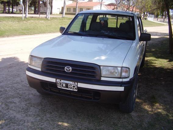 Camioneta Mazda B2900