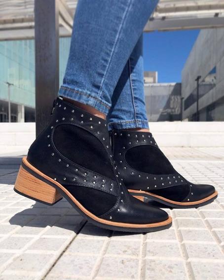Bota De Cuero En Punta Marca Vanitas Shoes