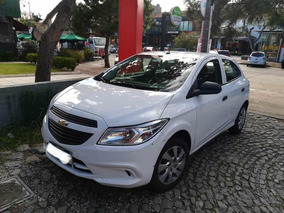 Chevrolet Onix 1.4 Effect 2015