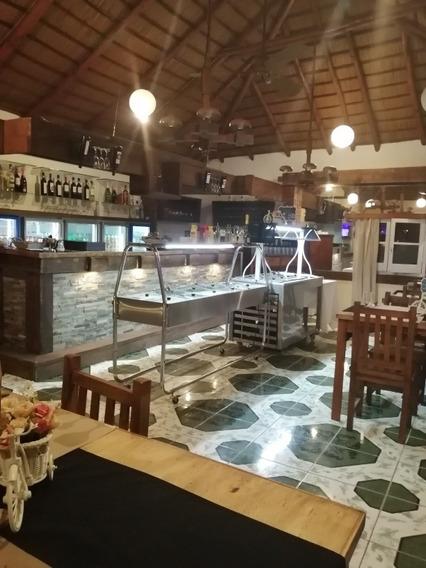Llaves Restaurant En Pleno Funcionamiento.