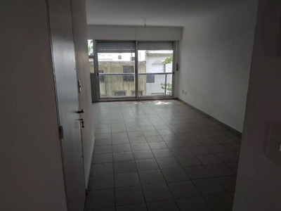 Apartamento En Alquiler De 1 Dormitorio En Barrio Sur