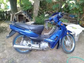 Moto Yumbo 110 C.c.sra. Vende