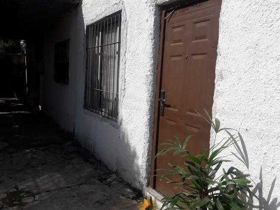 Casa En Joaquín Suárez.