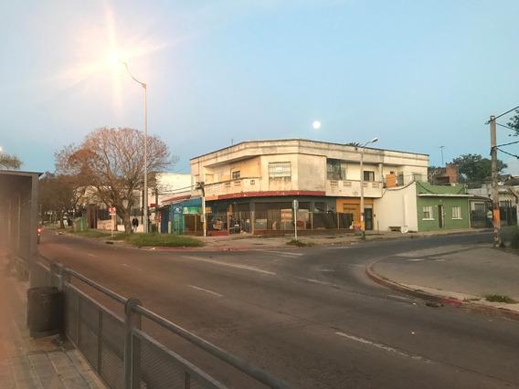 Avenida General Flores E Iberia ,2 Dormitorios Y Terrazas.