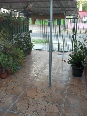 Buena Construccion Y Conservacion A 3 Cuadras Del Centro!