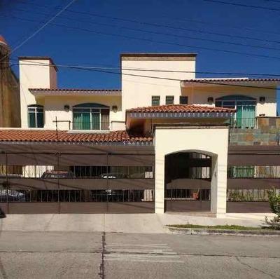 Casa En Renta En Altamira En Zapopan