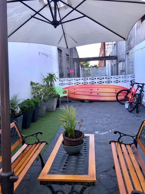 Apartamento Tipo Casa Cerca De Antel Arena Sobre Avenida