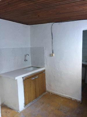 Monoambiente En Pueblo Victoria Con Cocina Y Baño