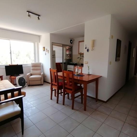Alquiler Anual De Dos Dormitorios-ref:1435