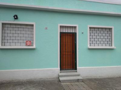 Casa 2 Dorm En Albania C/ent P/auto $14500