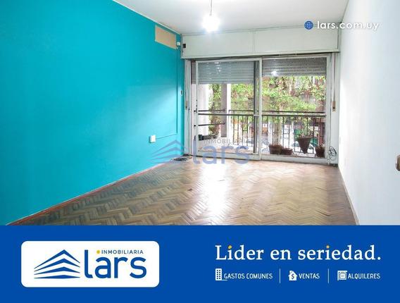 Apartamento Para Venta / Cordón - Inmobiliaria Lars