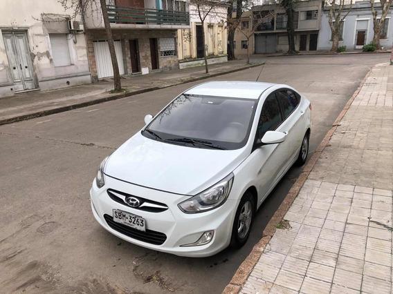 Hyundai Accent 1.5 Gls Mt 2012