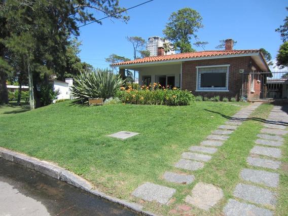 Casa En Alquiler Playa Mansa,punta Del Este Imperdible!!!