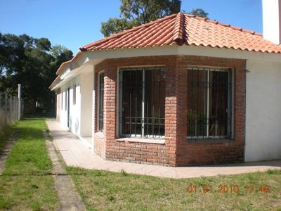 Casa 3 Dormitorios, 2 Baños, Jardin Fondo Parrillero