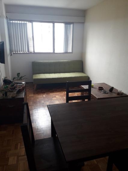 Apartamento De 1 Dormitorio, Amplio Y Muy Luminoso.