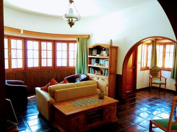 Casa Excelente + Apto-1000m2 - 4 Dormitorios-2 Baños-3 Autos