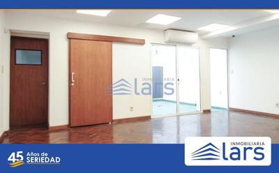 Edificio Para Alquilar En Montevideo / Centro - Inmobiliaria Lar
