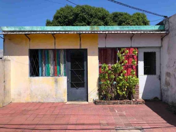 Oportunidad! 2 Casas En Un Padrón, Ideal Para Inversionistas